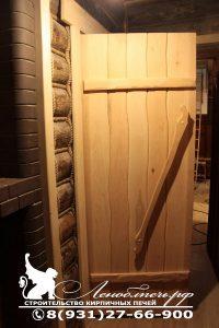 Дверь из массива липы в стиле Лешего
